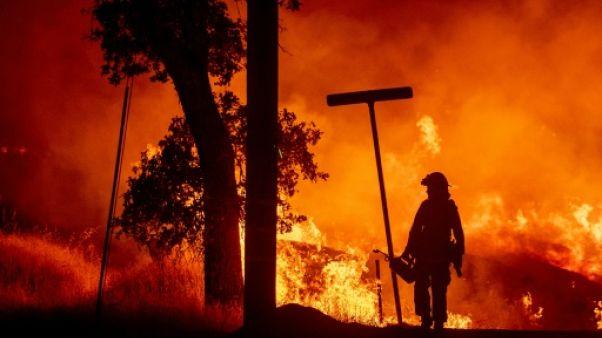 Stress post-traumatique et suicides: l'autre combat des pompiers américains