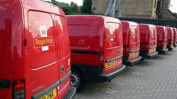 Royal Mail buys into Canada with C$360 million courier deal