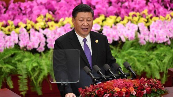 """رئيس الصين يعرض 60 مليار دولار تمويلا لأفريقيا ويقول لا للمشروعات """"عديمة الجدوى"""""""