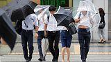 اليابان تنصح مليون شخص بإخلاء منازلهم بسبب الإعصار جيبي
