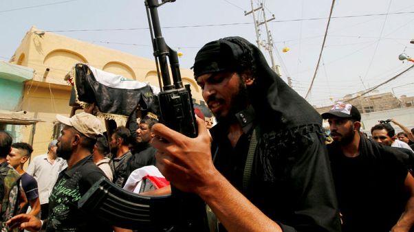 مقتل محتجين اثنين وإصابة 11 في اشتباكات مع قوات الأمن في البصرة بالعراق