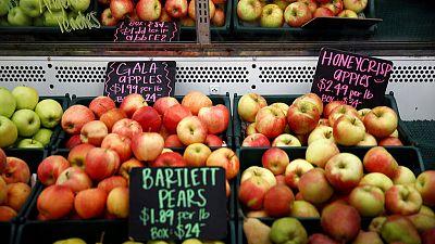 U.S. apple farmers afraid they will be hurt by U.S.-China trade battle
