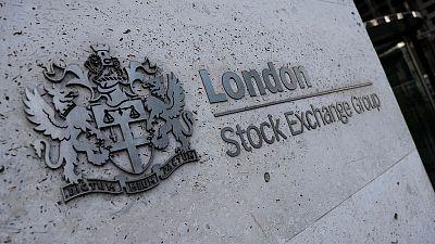 UK housebuilders shine as FTSE comes under pressure