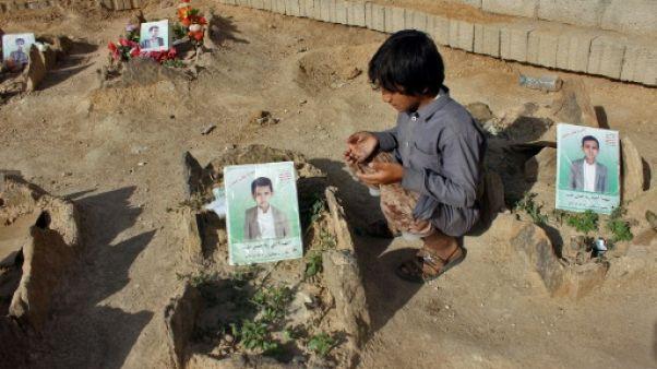 """""""Ils sont montés au ciel"""": des enfants victimes collatérales du conflit au Yémen"""