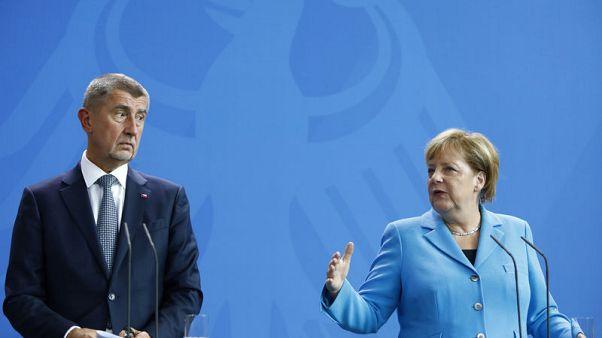 رئيس وزراء التشيك يشيد بدور خفر السواحل الليبي ويدعو لتعزيز التعاون معه