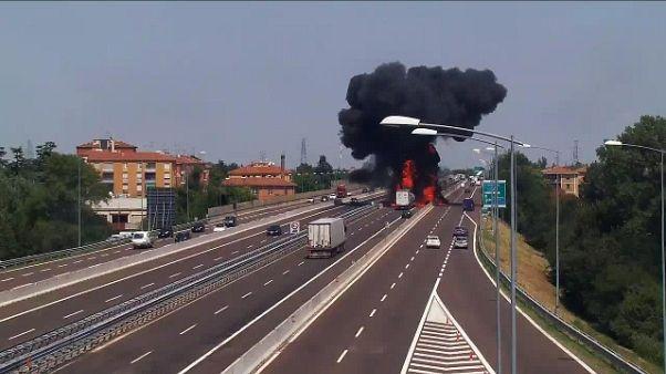 Incendio Bologna, 464 richieste danni