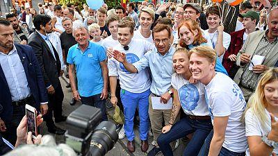 Swedish centre-left lead shrinks as deadlocked election looms