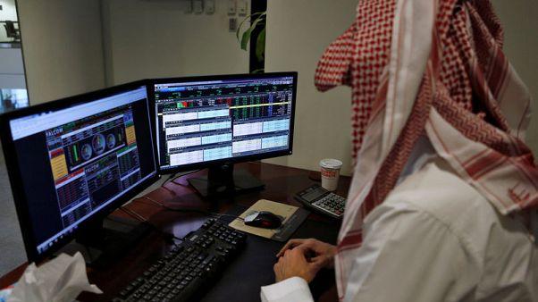 المؤشر السعودي يتراجع عن متوسطه في 200 يوم وسط موجة بيع في الأسواق الناشئة
