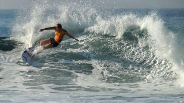 Surf: égalité hommes-femmes des primes sur le circuit mondial