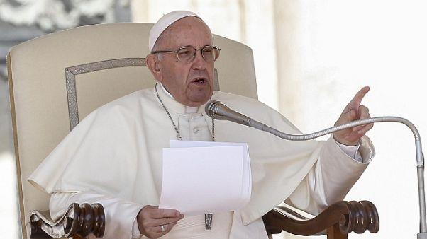 Papa: chi è cristiano non accusa altri