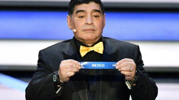 La légende du football Diego Maradona à Moscou, le 1er décembre 2017
