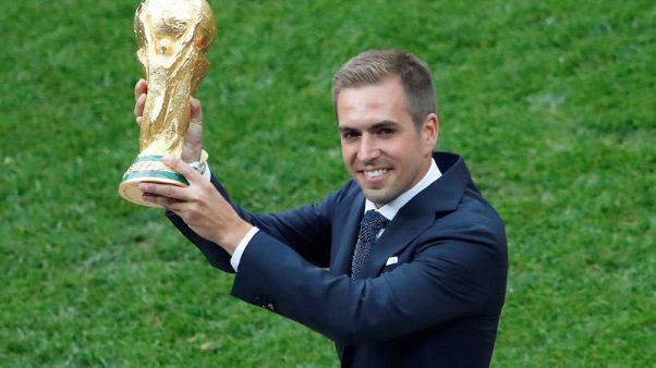 لام يدعم تشكيلة إنجلترا الشابة لمواصلة التطور بعد كأس العالم