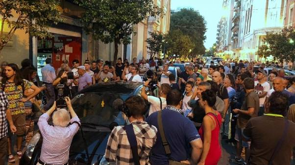Ilva: sit-in cittadini, notte in piazza
