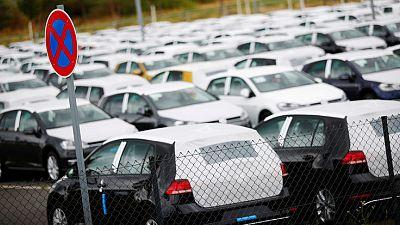 VW faces 9.2 billion euros investor suit over dieselgate scandal