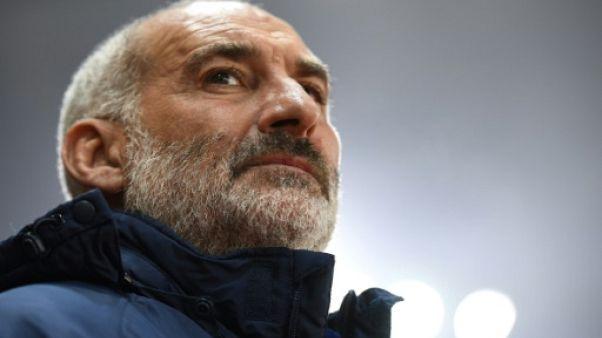 L'entraîneur de Laval François Ciccolini suspendu 5 mois, dont 3 ferme