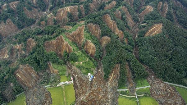 Power returning to Hokkaido, but quake exposes flaws of Japan grid