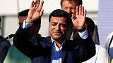 محكمة تركية تسجن الزعيم السابق لحزب موال للأكراد