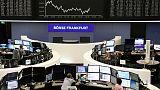 الأسهم الأوروبية تسجل أسوأ أداء أسبوعي منذ مارس بفعل مشاكل التجارة
