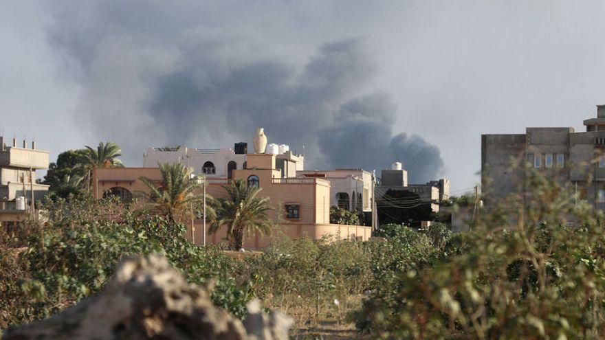 تحليل- الهدنة الهشة قد لا تصمد طويلا في العاصمة الليبية المضطربة