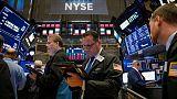 بورصة وول ستريت تغلق منخفضة بفعل مخاوف الرسوم الجمركية