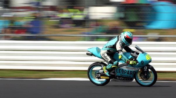 Moto3: vince Dalla Porta, Martin leader