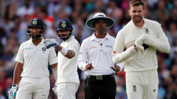 England's Anderson fined for dissent