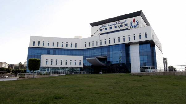 قناة تلفزيونية: ثلاثة ملثمين يهاجمون مقر المؤسسة الوطنية للنفط بطرابلس