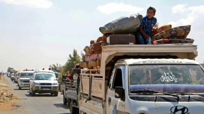 """Syrie: exode massif à Idleb, où l'ONU craint la """"pire catastrophe humanitaire"""" du siècle"""