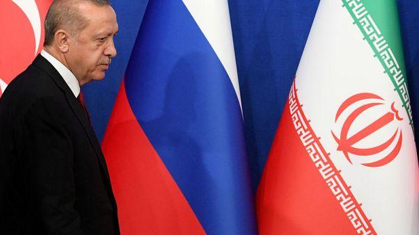 تركيا تحذر من أن الهجوم على إدلب السورية سيسبب كارثة إنسانية