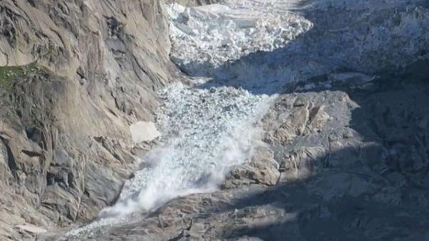 Maxi crollo ghiacciaio su Monte Bianco