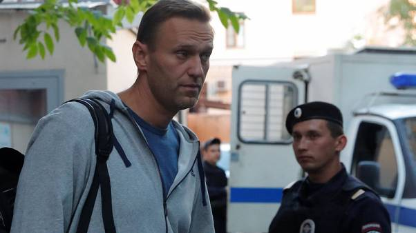 Putin ally challenges critic Navalny to duel