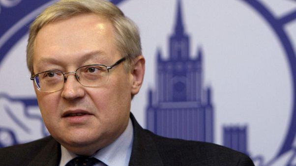 موسكو تقول من المهم خلق الظروف المواتية لاستمرار صادرات النفط الإيرانية