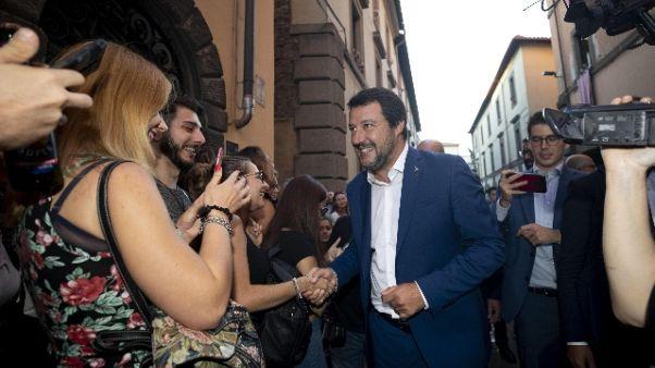 Su Fb parla sedia elettrica per Salvini