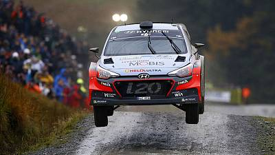 Neuville signs three-year contract extension with Hyundai