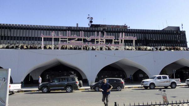 ليبيا تعيد إغلاق مطار طرابلس بعد إطلاق صواريخ