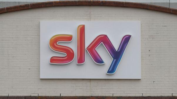Comcast says Sky shareholders have until Oct. 6 to accept offer