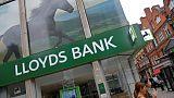 متحدثة: مجموعة لويدز المصرفية تنوي غلق 15 فرعا