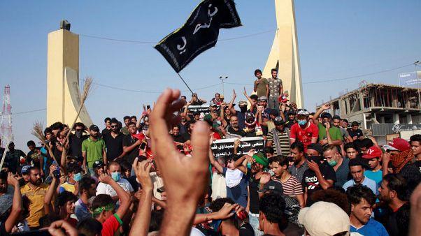 تحليل-الاحتجاجات تقضي على أمل العبادي في فترة جديدة