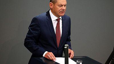 وزير المالية الألماني: رئيس المخابرات فقد مصداقيته