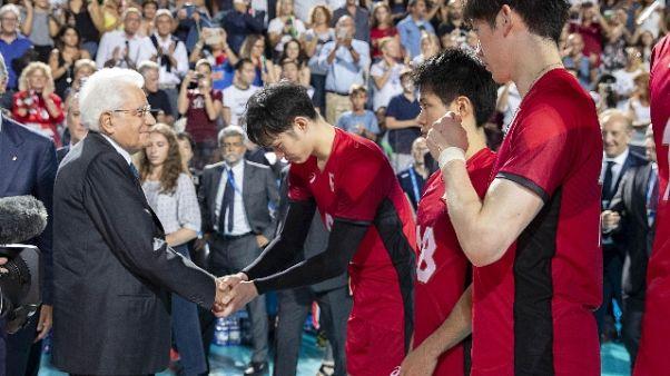 Pallavolo: Mondiali, Haku Ri infortunato