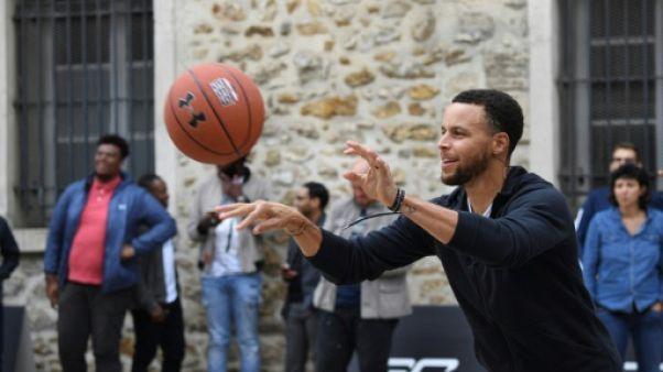 Basket: Stephen Curry en visite, un peu de NBA à Paris