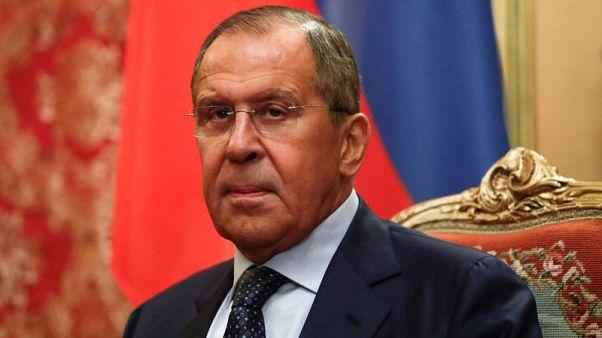 إنترفاكس نقلا عن لافروف: روسيا ستواصل قصف إدلب متى دعت الحاجة