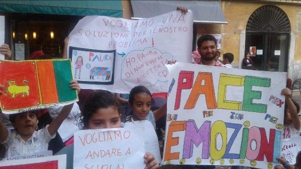 Scuola: protesta stranieri a Lodi