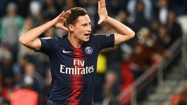 Ligue 1: le Paris SG, sans Neymar ni Mbappé, écrase Saint-Etienne (4-0)