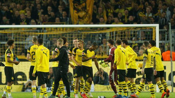 دورتموند يهزم فرانكفورت 3-1 ويتصدر الدوري الألماني
