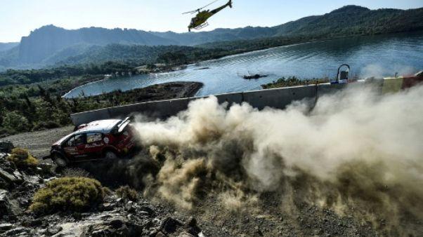 Rallye de Turquie: la Citroën de Craig Breen en flammes, l'équipage indemne