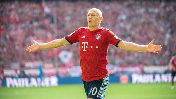 Bayern vince in rimonta con Leverkusen