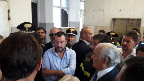 Salvini, intervento radicale Hotel House