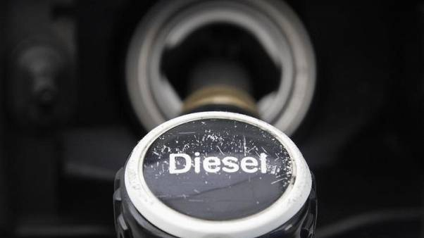 Carmakers must offer customers incentives to replace diesel models - German minister