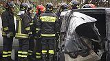 Esplosione a Napoli, un morto e 2 feriti
